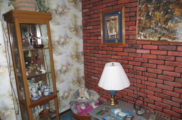 ESTATE SALE - 1200 46th Ave, East Moline, IL